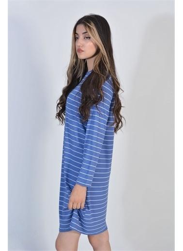 Zeren Kadın Mavi Yatay Çizgili Salaş Tunik Mavi